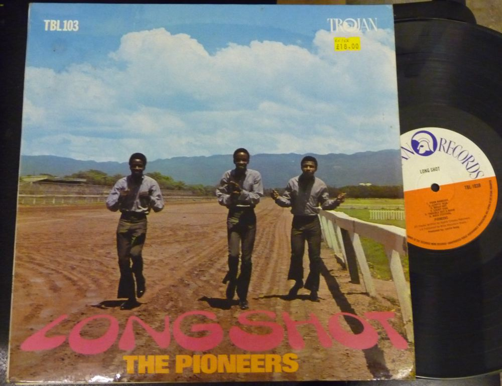 the_pioneers-long_shot-trojan-lp dans Pioneers